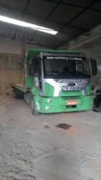 Caminhão 2013 - 2013