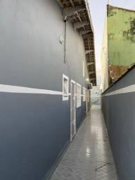 Casa novinha com espaço p/piscina em Mongaguá
