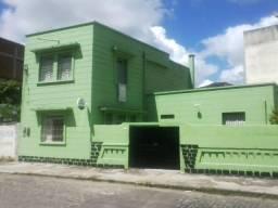 Casa para fins comerciais ou residenciais