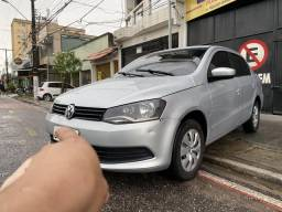 VW Novo Voyage 1.6 Completo - 2013