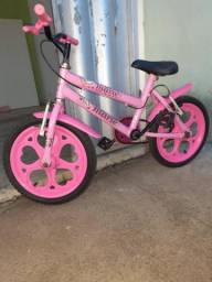 Vendo bike infantil 150 reais.