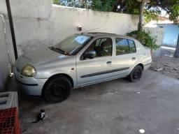 Clio Sedan 2002 - 2002