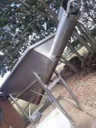 Tanque de Movimentação para Peneirar com Rosca Sem Fim em Inox 304 - #5504