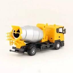 Miniatura caminhão Scania 1/43
