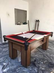 Mesa Charme de Bilhar e Jantar Cor Imbuia Tecido Preto e Borda Vermelha N03