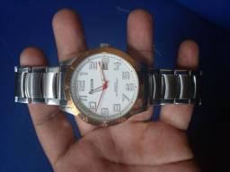 Título do anúncio: Vendo relógio magnu