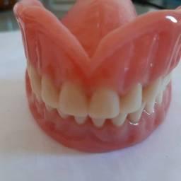 Título do anúncio: Protetico - Dentaduras placas de mordidas etc Primeira Avaliação grátis