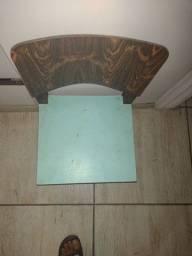 Título do anúncio: Cadeirinha de madeira