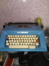 Maquina escrever olliveti studio 46