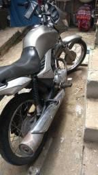 Título do anúncio: Vendo moto ou troco pro outra