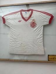 Camiseta Rara Internacional
