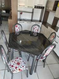 Mesa sextavada com 6 cadeiras