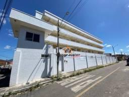 Apartamento com 2 dormitórios para alugar, 53 m² por R$ 650,00/mês - Pajuçara - Maracanaú/