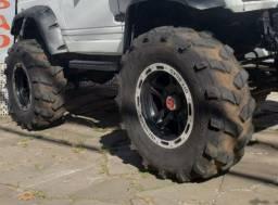 """4 pneus 35"""" com recapagem offroad"""