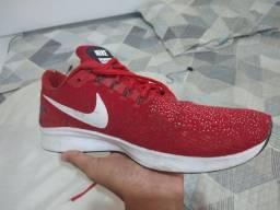 Tênis Nike Zoom Pegasus 35 Vermelho usado