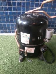 Motor compressor  R22
