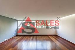 Título do anúncio: Lindo apartamento reformado de 170 m² disponível para locação por R$ 7.000,00/Mês. Situado