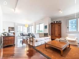 Título do anúncio: Excelente Apartamento com 4 Dormitórios sendo 3 Suítes possuindo 250 m² para locação em Pi
