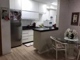Apartamento condomínio Piazza região Central