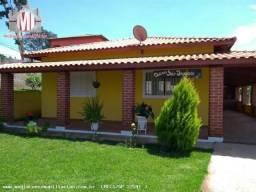Linda chácara em Pinhalzinho, cômodos amplos, 03 dormitórios, pomar - imperdível