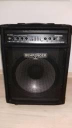 Amplificador cubo baixo Berhinguer