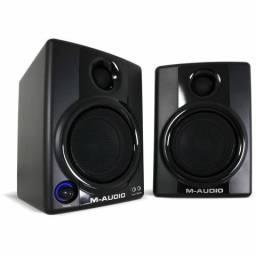 Monitores de Audio M-Audio AV30