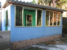 Casa com quintal grande, tudo murado, Bairro tranquilo, asfalto, condução, comércio!