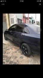 Carro Ford - 2001