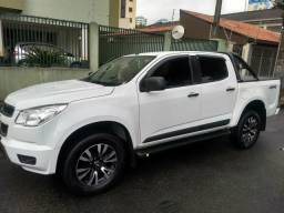S10 LS Diesel 4X4 Ano 2015 Cabine Dupla Impecável - 2015