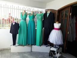 Passo roupas e acessórios de loja de Trajes a Rigor