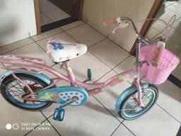 Bicicleta infantil nova.