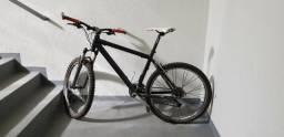 Bicicleta para o dia a dia em perfeito estado