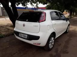 Fiat Punto Attractive itália 1.4 completo - 2015