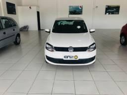 Volkswagen Fox 1.0 MI Flex 4 Portas Completo Impecavel - 2014