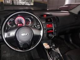 Vendo kia cerato automatico 1.6 sx3 2013