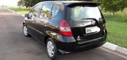Honda Fit 2005 1.4 - 4 portas c/ Ar cond e Dir.hidraulica - 2005