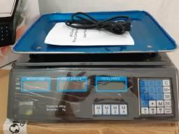 Balança digital de 40kg, bi-volt, produto novo