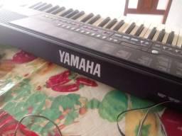 Teclado yamaha psr 210