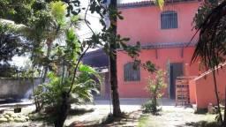 Chácara 900 mt2 com casa dois pavimentos e três quartos
