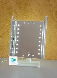 Espelho led<br>O conjunto de espelhos possuem 22 LEDs