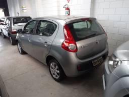 Fiat pálio atractive 2015