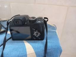 Câmera fotográfica, não e venda, gostaria de saber se alquem conserta esse tipo de camera
