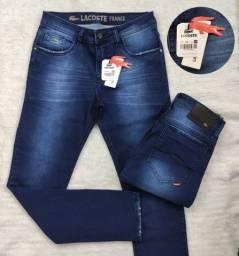 Calças jeans Lacoste e Levi's