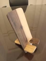 Título do anúncio: Suporte de madeira para celular