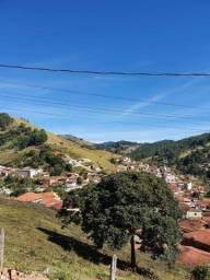 Casa Nova com Belíssima Vista!! Marmelópolis/MG