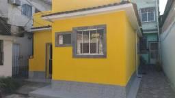Título do anúncio: Alugo Casa de Vila