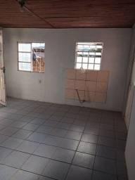 Título do anúncio: Alugo casa  semi mobiliada