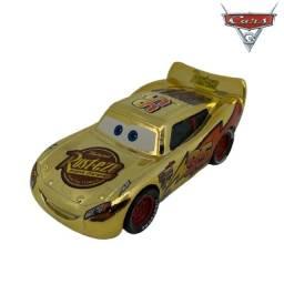 Mcqueen Dourado Filme Carros Disney Mattel Miniatura Mcqueen 1:55