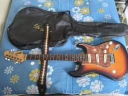 Título do anúncio: Pra vender HOJE - guitarra+capa/correia