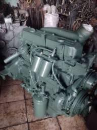Título do anúncio: Motor 366 Mercedez de 6 cilindros, aspirado